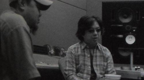 Watanabe e Tsutchie, principal produtor musical da série, em entrevista concedida em 2005.